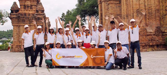 Go Myanmar Tours team