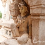 Huge carved Buddha statue in Ananda Temple