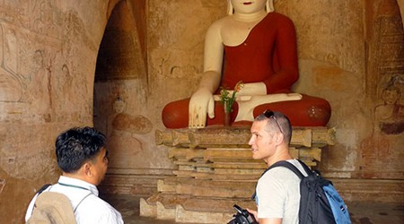 Illegal Tour Guides Increase in Myanmar