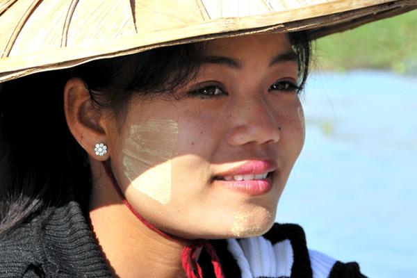 Tanaka – the Beauty Treatment of Myanmar Women