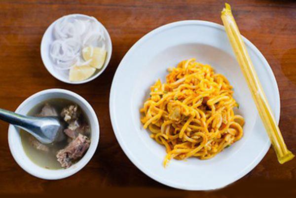Nangyi thohk Noodle