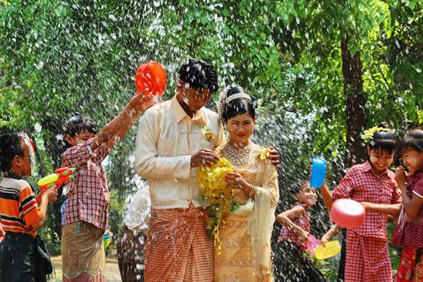 Myanmar Water Festival12