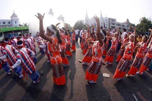 Myanmar Water Festival17