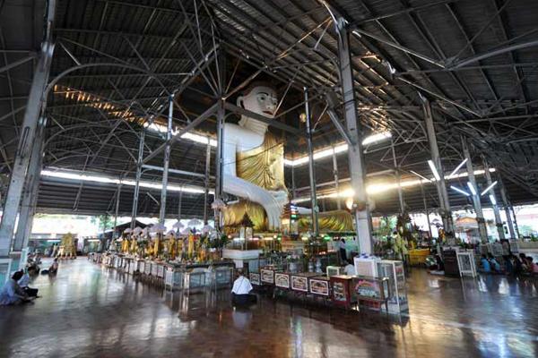 Prayer Hall of Koe Htat Gyi Buddha Image