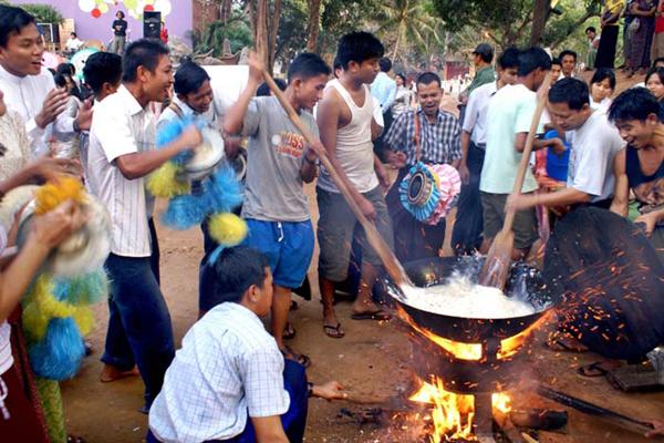 Htamane Sticky Rice Festival