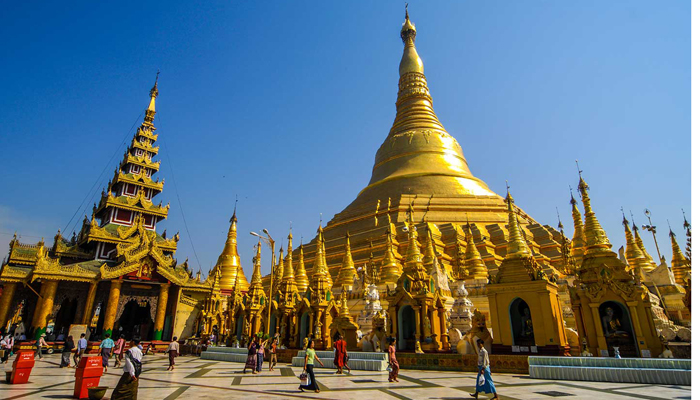 Shwedagon Pagoda – The ancient pagoda and top rated tourist attraction in Myanmar