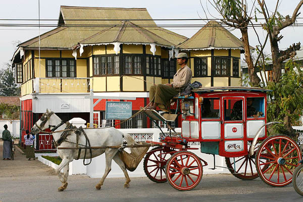 Horse carriages and colonial houses make Pyin Oo Lwin different from the rest of the towns in Myanmar