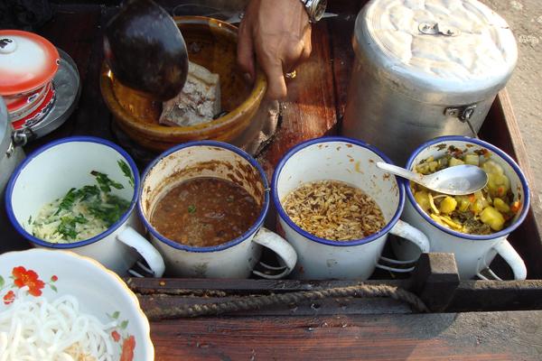 Ingredients of Mandalay Mee Shay