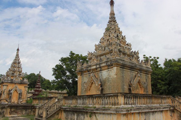 King Mindons Tomb Mandalay