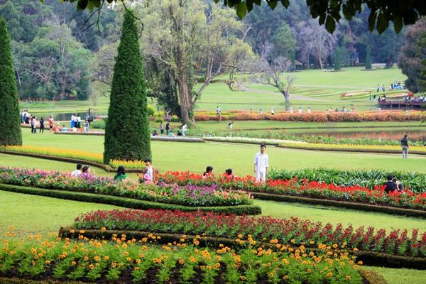 Pyin Oo Lwin - Kandawgyi National Gardens