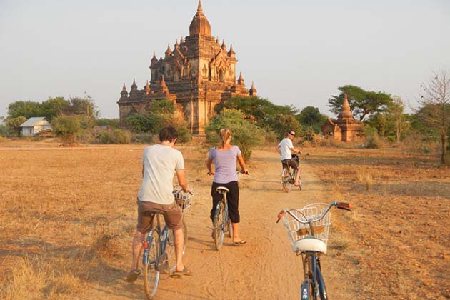 A family in their cycling trip to Bagan