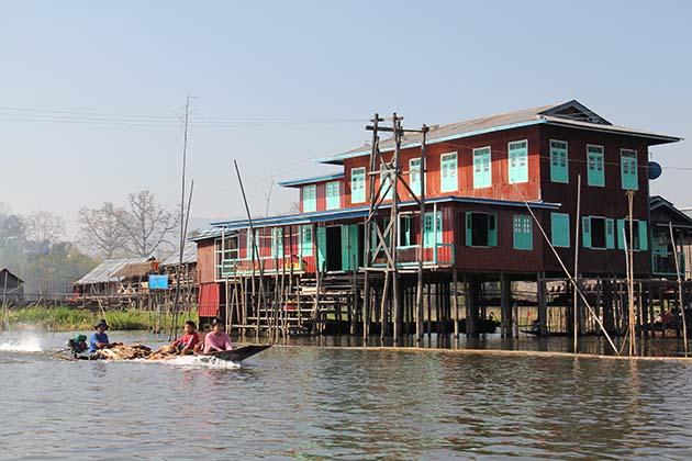 Boat trip in Inle Lake Myanmar
