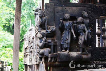 Exquisite wood carving in Yoke Sone Monastery