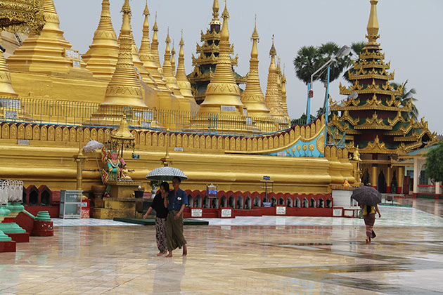 Highlights Myanmar itinerary 5 days with a visit to Shwemawdaw Pagoda
