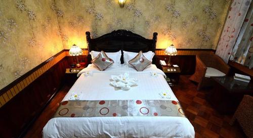Hotel Shwe Pyi Thar Mandalay Myanmar Tours