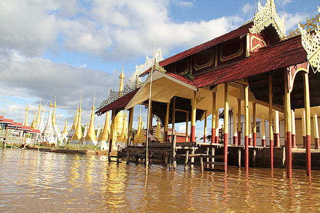 Inle Lake half day tour with a boat trip to Indein