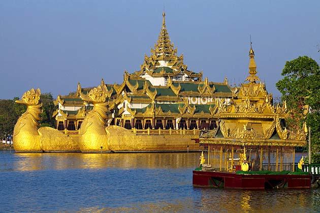 Visit Karaweik Palace in Yangon half day city tour