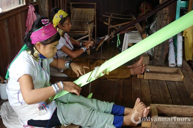 Long neck young ladies weaving in Inle Lake