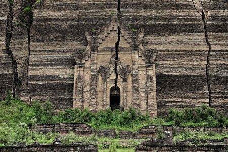 Mingun Pahtodawgyi ruins in Mingun, Myanmar.