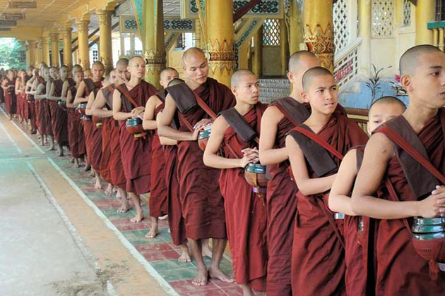 Monks in Kya Khet Waii Monastery-Yangon excursion to Bago