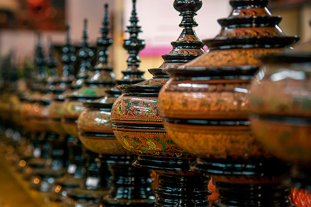 Beautiful Myanmar lacquer-ware products are unique souvenirs for bringing home