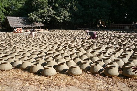 Potery making in Yandabo Village.