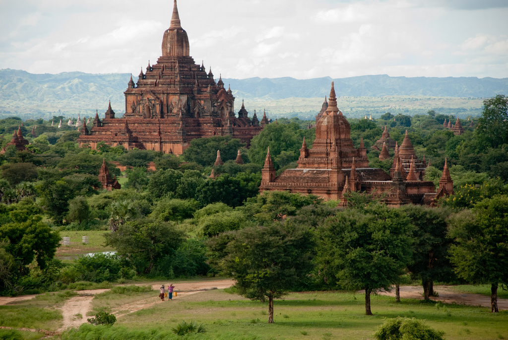 10 Experiences You Should Try While Traveling in Myanmar