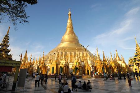 Shwedagon Pagoda Yangon.