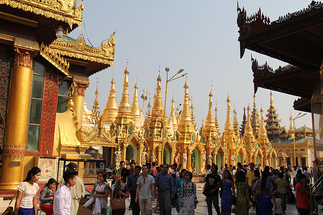Shwedagon Pagoda in Myanmar itinerary 5 days