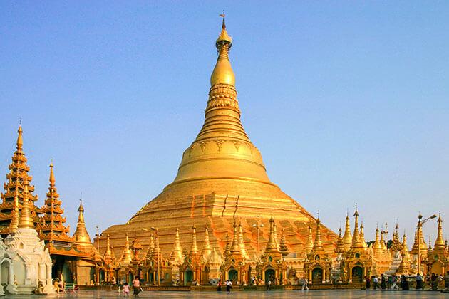 Shwedagon Pagoda - the symbolic beauty of Yangon