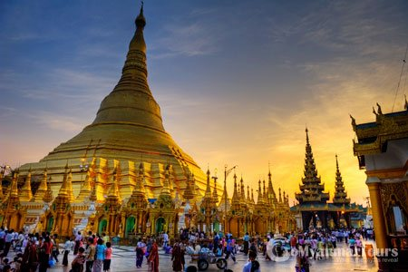 Magnificent Shwedagon Pagoda