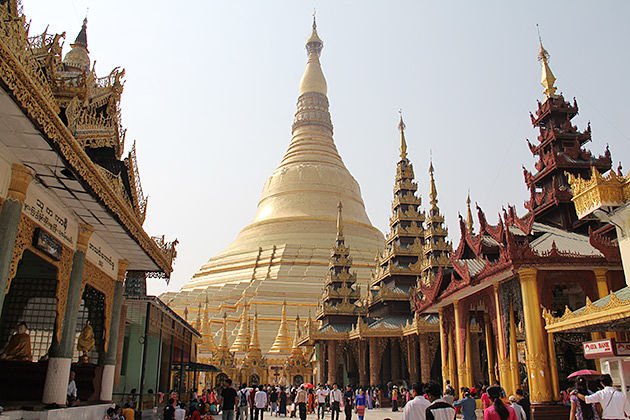 Shwedagon pagoda in Burma luxury honeymoon vacation
