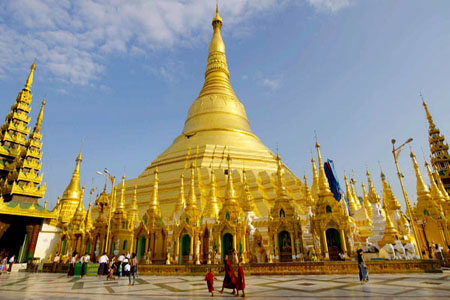 Golden Shwedagon Tower