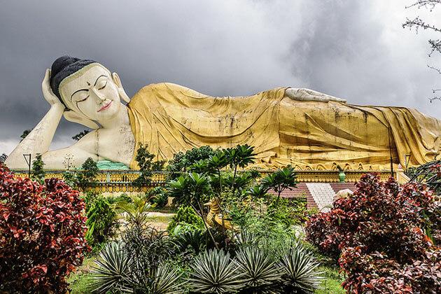 Shwethalyaung Buddha Bago Myanmar