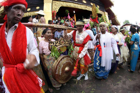 Taungbyone Festival in Myanmar