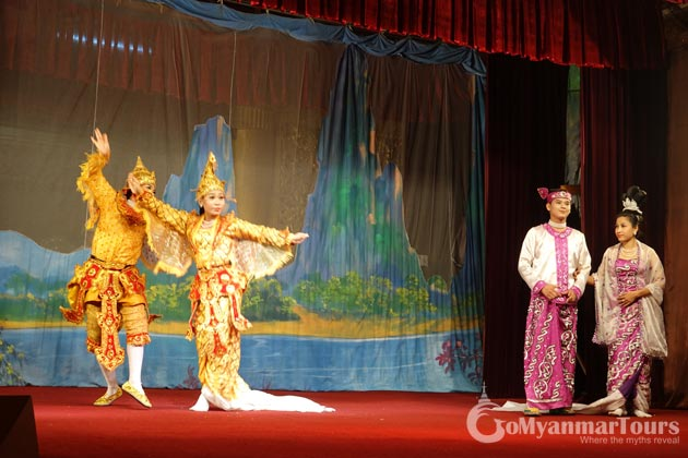 Enjoy Traditional Dance and Restaurant in Yangon in Myanmar itinerary 10 days