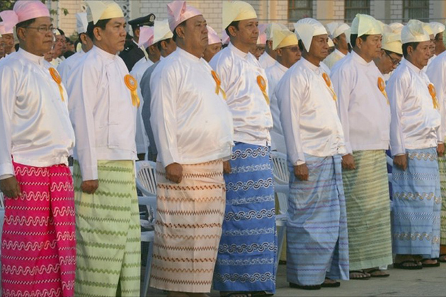 Traditional dress for Burmese men