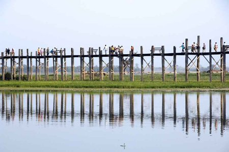 U Bein Bridge - The Longest teakwooden bridge in the world.