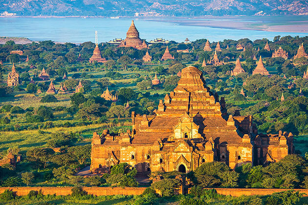 bagan temples panoramic view