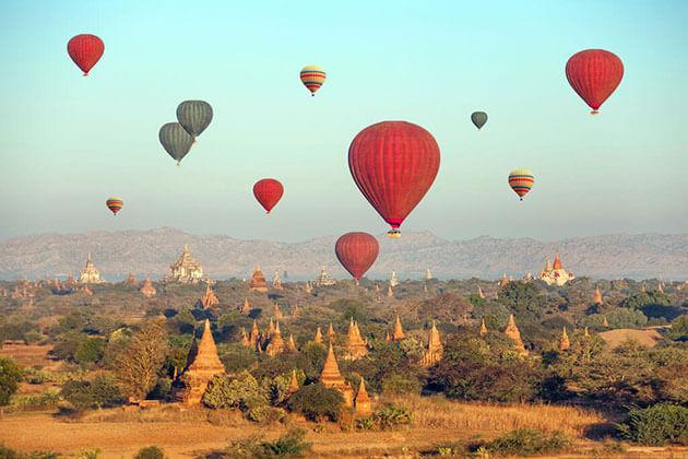 balloon ride in bagan
