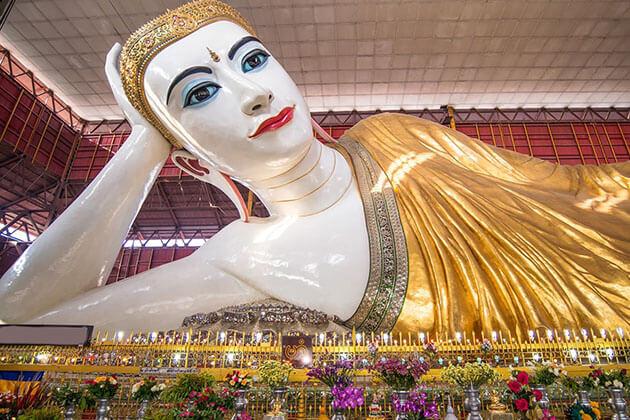 chauk htat gyi reclining buddha image-tours in yangon