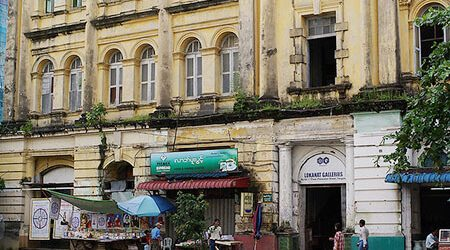 colonial buildings are one of the highlights to see in yangon city tour