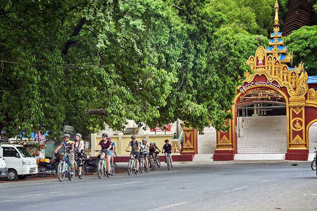 cycling to the countryside of Mandalay
