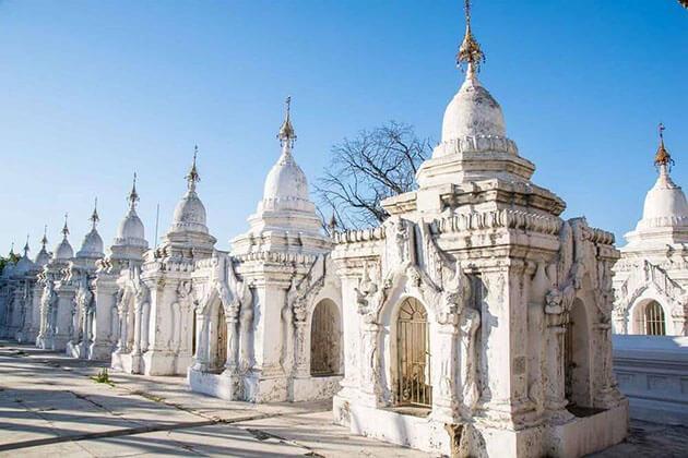 kuthodaw pagoda - attractions for luxury burma honeymoon