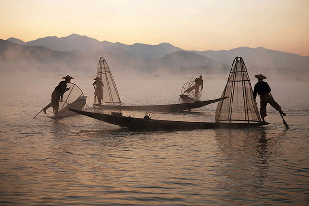 legrowing fisherman Inle Lake