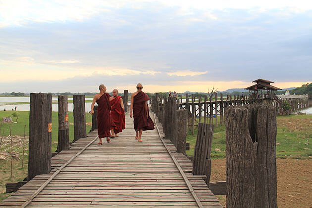 u bein bridge - a not to miss attraction in mandalay
