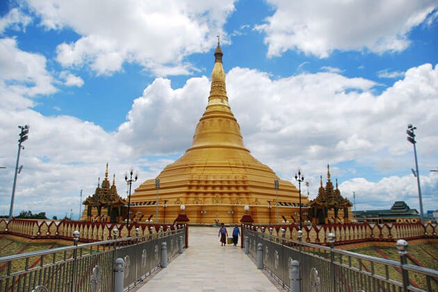 uppatasanti pagoda - the best place to visit in naypyidaw city tour