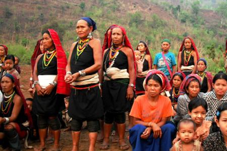 Kayah Women in Moe Byae, Shan State