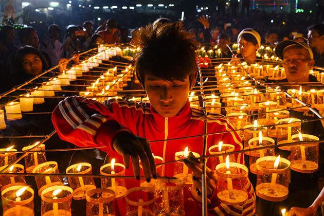 Shwe Kyin Light Festival in Bago