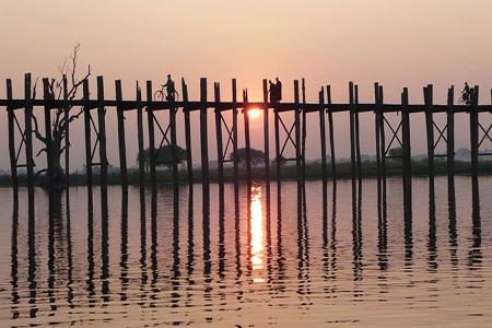 Sunset at U Bein's Bridge over Taung-thaman Lake
